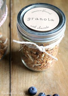 Good ol' wholesome granola ready to be gobbled up! Pack in jars decorated with Avery Brown Kraft labels.