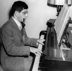 Bernard Herrmann - Composer Of Haunting Music and Treacherous Dreams Film Music Composers, Music Film, Film Movie, My Music, Movies, The Lady Eve, Film Score, Jazz Guitar, Jazz Age