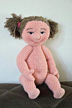Háčkovaná bábika/ Crochet  baby doll Crochet Dolls, Crochet Baby, Crochet Projects, Baby Dolls, Teddy Bear, Toys, Dolls, Toy, Games