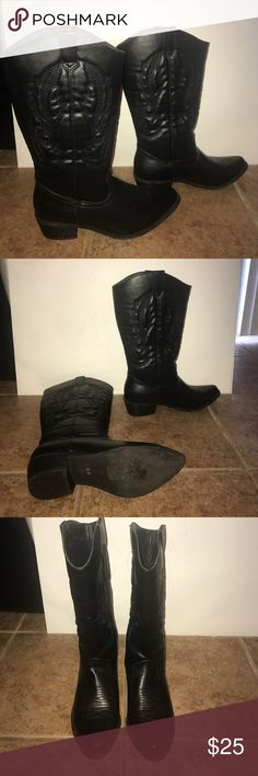 Black cowgirl boots Perfect for the country bar Shoes Heeled Boots