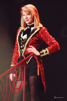1000+ images about Red Tour on Pinterest | Red tour Taylor swift red and Taylor swift concert