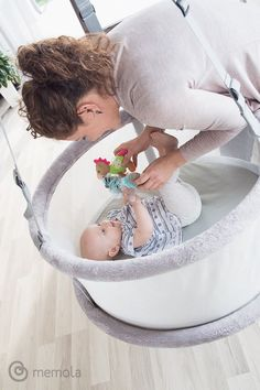"""""""Mama zu sein ist nicht immer einfach - aber Mama zu werden die beste Entscheidung deines Lebens"""" Bassinet, Furniture, Home Decor, Everything, Simple, Homemade Home Decor, Crib, Home Furnishings, Cot"""