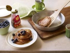 Maple and cinnamon buttermilk pancakes: recipe from Crumbs Magazine Frugal Meals, Frugal Recipes, Buttermilk Pancakes, Cinnamon, Pudding, Clarks, Breakfast, Fitspo, Desserts