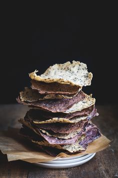 Black Sesame and Wild Rice Crackers - Gluten-free
