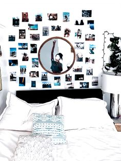Teen Room Decor, Room Ideas Bedroom, Bedroom Decor, Bedroom Inspo, Bedroom Wall Pictures, Bedroom Wall Ideas For Teens, Wall Decor, Aesthetic Room Decor, Blue Aesthetic
