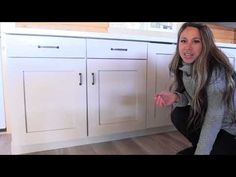 Building Kitchen Base Cabinet Carcass with Super EASY Drawer Method - YouTube Kitchen Cabinet Crown Molding, Kitchen Base Cabinets, Built In Cabinets, Wall Cabinets, Drawer Shelves, Closet Shelves, Shelf, Plywood Edge, Diy Furniture Building