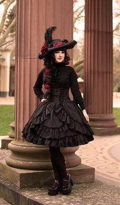 Queen of Rose by FiestaPalladia.deviantart.com on @deviantART