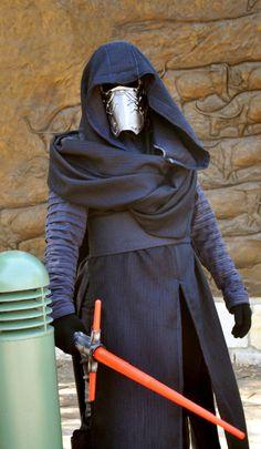 Star Wars Force Awakens Kylo Ren - Mask & Costume