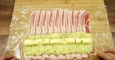 Læg 10 skiver bacon på række og put kartoffelmos på: Et blik på det færdige resultat og jeg er solgt Bacon Recipes, Sushi, Food And Drink, Menu, Dinner, Ethnic Recipes, Desserts, Cooking, Menu Board Design