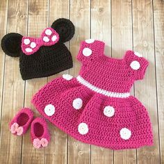 Minnie Mouse Inspired Costume/Minnie Mouse Hat/ Minnie Mouse Costume Available in Newborn to . Minnie Mouse Inspired Costume/Minnie Mouse Hat/ Minnie Mouse Costume Available in Newborn to 12 Month Size- MADE TO ORDER, Costume Minnie Mouse, Minnie Mouse Kostüm, Crochet Minnie Mouse Hat, Crochet Baby Costumes, Crochet Baby Clothes, Crochet Hats, Crochet Outfits, Newborn Crochet, Crochet Halloween Costume
