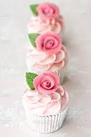 Resultado de imagen para cupcakes rosa