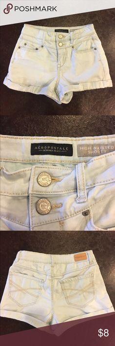 Aeropostale jean shorts Stretchy Aeropostale light wash jean shorts, get ready for spring! Perfect condition Aeropostale Shorts Jean Shorts