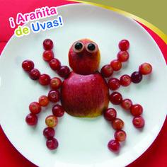¡Pero qué linda! Amigas siempre hagan divertida la hora de la comida, por esa razón les traigo una linda arañita hecha de uvas.