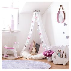 Are you a book lover? Love a special place or spot to read? Come and check out these 25 Sweet Reading Nook Ideas for Girls! Big Girl Bedrooms, Little Girl Rooms, Girls Bedroom, Playroom Design, Kids Room Design, Toddler Rooms, Toddler Bed, Baby Room, Room Decor