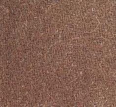 ABRIGO LANA CHOCOLATEEncárganos tu abrigo en la más cálida lana 100% de primera calidad. Su áspera textura así lo garantiza. Forrado entero en una tonalidad similar a la del paño. Uno de nuestros clásicos de mayor éxito. Éste modelo en concreto es ideal para ceremonias y eventos especiales.  Podemos también confeccionarte el chaquetón para niña que es exactamente igual que el abrigo pero 10 cm. más corto. Es ideal para ir con pantalones