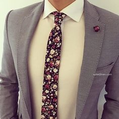 Really great casual mens fashion Suit Up, Suit And Tie, Gents Fashion, Look Fashion, Fashion Suits, Fashion Fashion, Sharp Dressed Man, Well Dressed, Classy Men