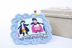Accessoires couture, Pique-épingles, bleu, motif folklorique, scandinave - fait main : Matériel Couture par cocoflower