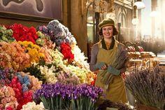 Flower cart in movie Hugo 2011 Movies, Good Movies, Hugo Movie, Sandy Powell, Hugo Cabret, Emily Mortimer, League Of Extraordinary Gentlemen, The Other Boleyn Girl, Live Wire
