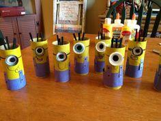 Pots à crayons avec rouleaux de papier WC