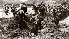 Op deze plaats vond De Slag om Gallipoli plaats. Deze stond onder andere bekend als Dardanellenveldtocht en Gallipoliveldtocht. Hij duurde van 25 april 1915 tot 9 januari 1916. Het was een Franse en Britse operatie om de hoofdstad Istanboel van het Ottomaanse rijk te veroveren. Er kwamen ongeveer 513.000 mensen om het leven.