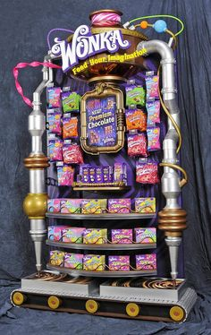 Bright and lively POS display for Wonka. Bringing the Wonka factory to life! Point of sale, Point of purchase. Candy Display, Pos Display, Store Displays, Display Design, Store Design, Display Stands, Point Of Purchase, Point Of Sale, Pos Design