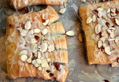 vegan bear claw... not sure vegan pastries are a good idea.