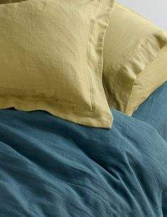 washed linen bedlinen from TOAST, UK; love the color combo