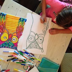 grade art, continual line drawing. Have students choose one idea to use as their continuous line drawing. Crazy Owl, Art Doodle, Third Grade Art, Ecole Art, Art Lessons Elementary, Elementary Drawing, Middle School Art, Art School, School Art Projects