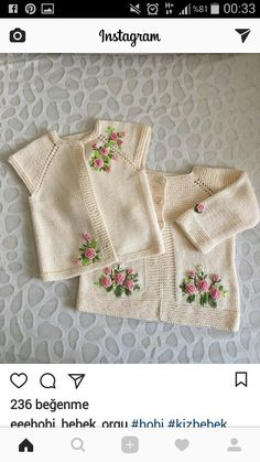 En Çok Sipariş Alan 38 Yelek Örgü Modelleri You are in the right place about Crochet dishcloth Here we offer you the most beautiful pictures. Baby Cardigan, Cardigan Bebe, Knit Baby Dress, Baby Pullover, Baby Vest, Baby Sweater Knitting Pattern, Knit Vest Pattern, Baby Knitting Patterns, Pull Bebe