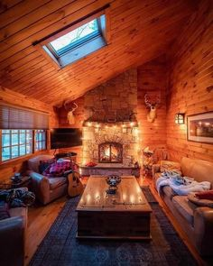 48 Small Cabin Decorating Ideas For Every Home Summer Cabins, Log Fires, Home Decor Kitchen, Building Design, In This World, Furniture Design, Design Inspiration, Cottage, Asylum
