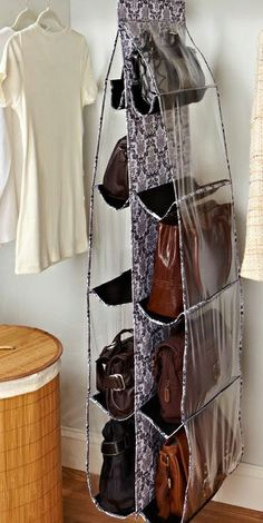 Hanging Handbag Organizer // so handy, I need to get one of these! #organization #product_design