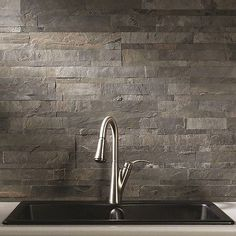 Stone backsplash tiles are the easy way to add a natural element to your walls to create interest and appeal. Learn more about stone backsplash tiles now. Backsplash Herringbone, Diy Tile Backsplash, Peel N Stick Backsplash, Backsplash Panels, Peel And Stick Tile, Stick On Tiles, Wall Tiles, Adhesive Backsplash, Removable Backsplash