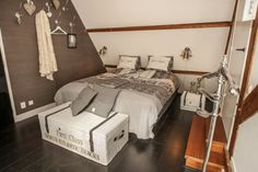 Hotel het Oude Raadhuis - Kamers Bed, Furniture, Home Decor, Stream Bed, Interior Design, Home Interior Design, Beds, Arredamento, Home Decoration