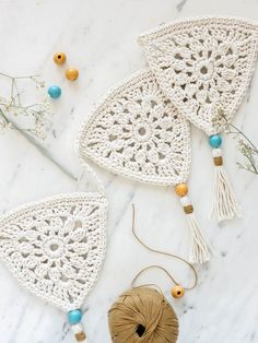 Crochet Bunting Free Pattern, Crochet Garland, Crochet Stars, Crochet Circles, Love Crochet, Learn To Crochet, Diy Crochet, Crochet Crafts, Crochet Doilies