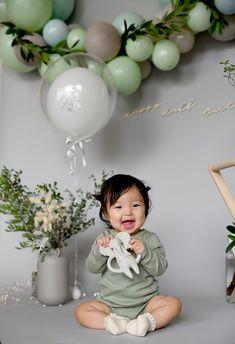 Hey Baby Girl, Girl Birthday Decorations, Baby Girl First Birthday, Baby Shower Balloons, Baby Party, Birthday Photos, Impreza, Babies, Photography