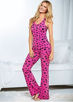 Women's Sleepwear, Pajamas and Nightgowns - VENUS