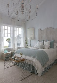 30 French country bedroom design and decor ideas for a unique and relaxing space - decoration. , 30 French country bedroom design and decor ideas for a unique and relaxing space - decoration ideas 2018 30 French country bedroom design and decor id. French Country Rug, French Country Bedrooms, French Country Decorating, Country Style, Rustic French, Country Bathrooms, Cottage Decorating, French Grey, French Cottage