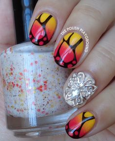 Charming butterfly design!!
