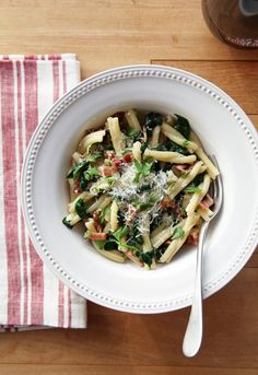 Pin for Later: 78 Easy Dinners That Won't Break the Bank Eggy Pasta With Spinach and Bacon Get the recipe: eggy pasta with spinach and bacon