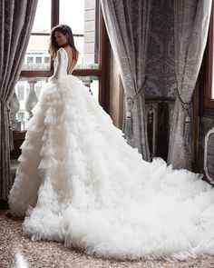 Look at the different kinds of ball gown wedding dresses.You'll find bridal dresses made from different fabrics and with variety details. Princess Wedding Dresses, Long Wedding Dresses, Tulle Wedding, Bridal Dresses, Pageant Dresses, Wedding Ball Gowns, Dresses Uk, Wedding Bride, Bridesmaid Dresses