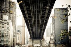 Crossing Queensboro Bridge, New York City © Matt Mawson (r)