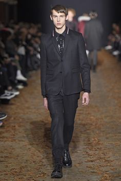 LOOK | 2015-16 FW PARIS MEN'S COLLECTION | KRISVANASSCHE | COLLECTION | WWD JAPAN.COM