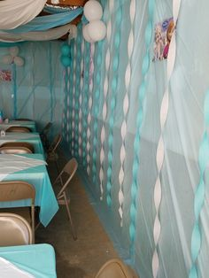 Decorate a Garage for a bday party.