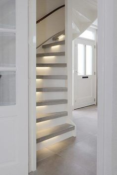 Things to Keeps in mind When Choosing New Toilet - My Romodel Stair Renovation, Open Trap, Flur Design, Stair Lighting, New Toilet, Barn House Plans, House Stairs, Paint Colors For Living Room, Staircase Design