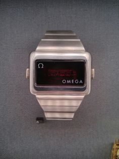 Weird omega digital quarz watch in retro futurism design