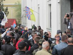 Separatist near prosecutors Office in Luhansk