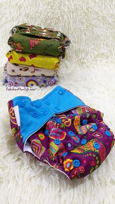 Superbottoms Cloth Diapers India Review Cloth Diaper Reviews, Best Cloth Diapers, Indian Parenting, Parenting Tips, Diaper Brands, Wet Bag, Coin Purse, Couture, Mom