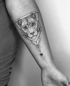 Geometric Fine Line Tiger Tattoo Geometric Fine Line Tiger Tattoo Imke Schrader imkeschrader Tattoos Find the perfect tattoo artist on Lookink Filter your search nbsp hellip Tiger Tattoo Small, Tiger Tattoo Design, Forearm Tattoo Design, Small Tattoos, Tattoos For Guys, Tattoos For Women, Geometric Tattoo Tiger, Girl Neck Tattoos, Sleeve Tattoos