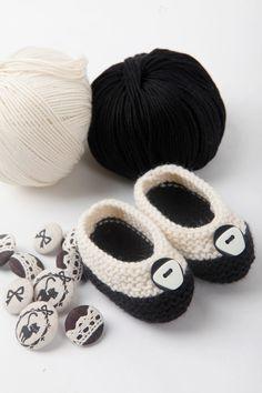 hand knitted baby girl ballerinas - chanel.