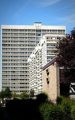 Gallowgate I and II, Aberdeen  ==  We lived in the tallest one , called Seamount Court  P